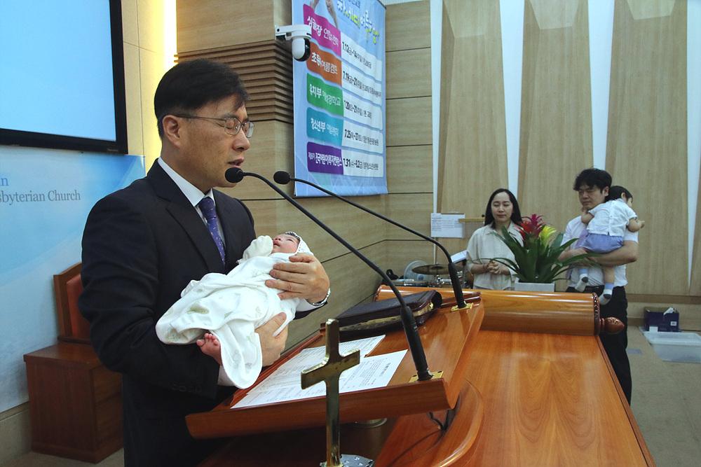 2019.07.07. 유아축복기도-신예안(신희업,김희정 아들)